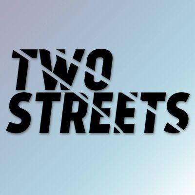 TWO STREETS – Двоє у човні