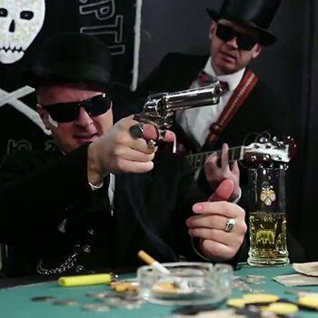 Антін Мухарський і гурт ГраБля - Шарабан (Відео)