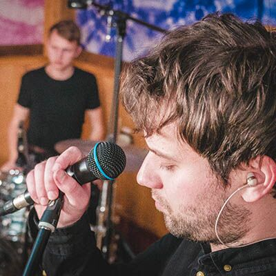 Drama Queen – Live session
