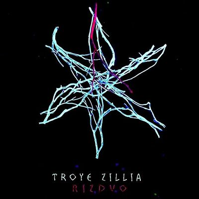 Troye Zillia – Rizdvo
